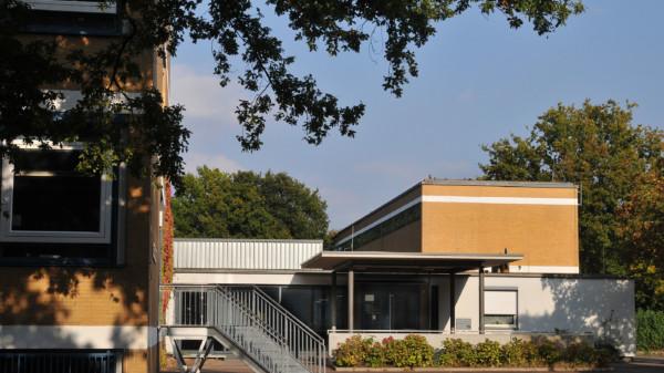 Die Dietrich-Bonhoeffer-Realschule in Döhren soll erweitert, die Schüler sollen alle an einem Standort unterrichtet werden.